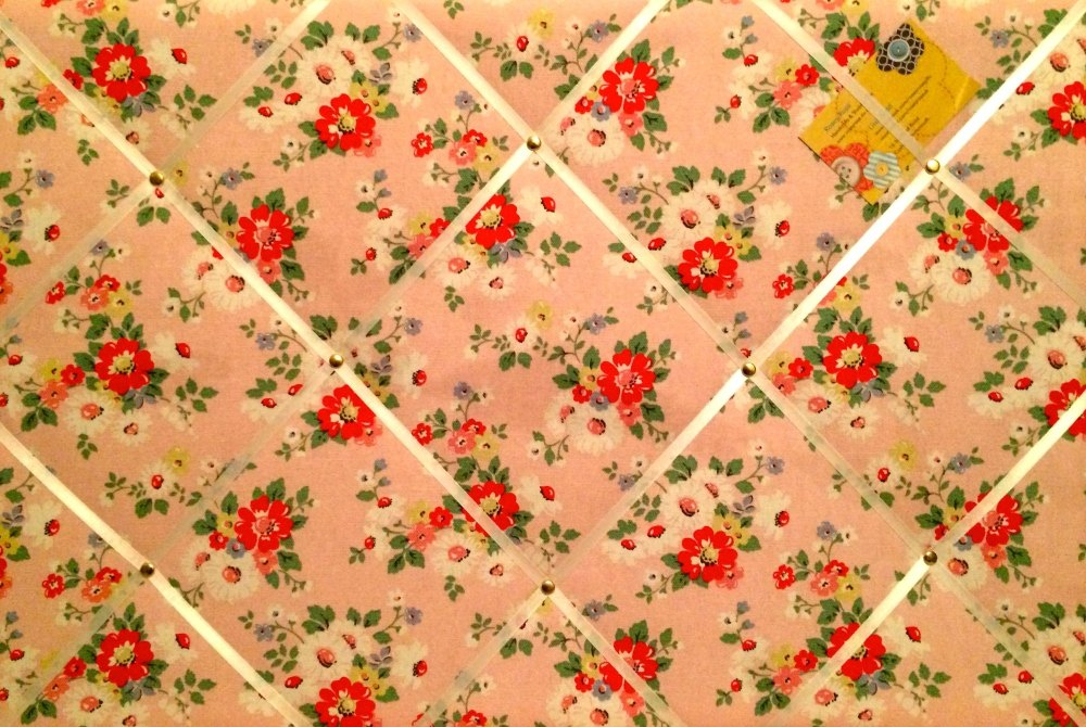 Large 60x40cm Cath Kidston Pink Daisy / Daisies Hand Crafted Fabric Notice