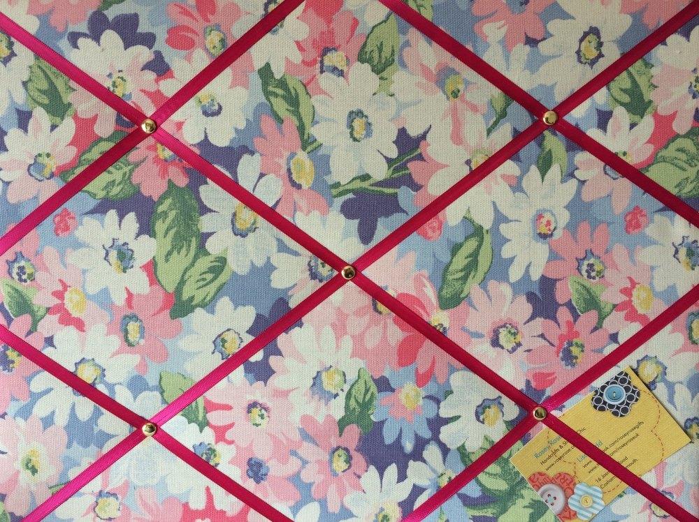 Medium 40x30cm Cath Kidston Pastel Painted Daisy Hand Crafted Fabric Notice