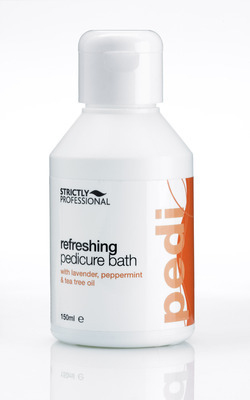 Refreshing Pedicure Bath 150ml