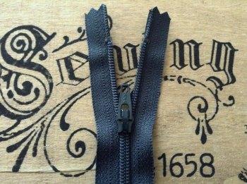 "Dark Grey Zip Closed End 7"" YKK 18cm Nylon Sliding Fabric Fastener"