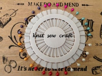 Extra Long Dressmaking Pins 30 Metallic Colour Pin Wheel