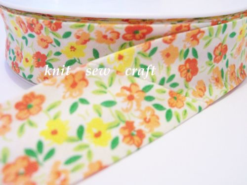 white orange yellow flower pattern cotton bias 25mm x 3 metres 2202
