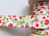 patterned bias fabric 18mm wide with red and pink flowers 7600/033