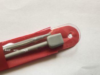 Knitting Needles Whitecroft 9mm Length 30cm
