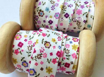 patterned cotton fabrics