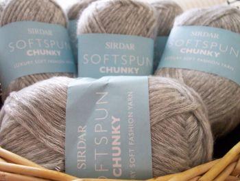 Sirdar Softspun Chunky Knitting Wool Frostie F044/562