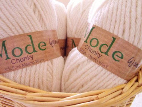 Wendy Mode Chunky Knitting Wool Vanilla 202