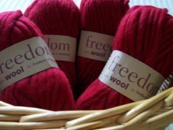 Twilleys Freedom Wool Deep Red Shade 403