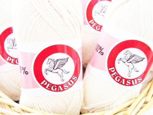 White Dishcloth Cotton 100g Ball Of Yarn