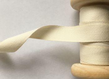 Light Cream Cotton Tape Manubens 20 Metre Reel x 14mm Width