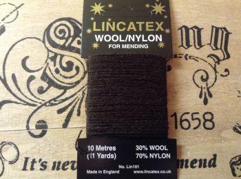 10 metres Lincatex sock darning wool Brown