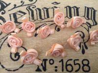 10 Plain Peach Ribbon Roses