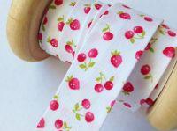 red strawberry cherry print cotton bias 18mm x 3 metres 7600/046