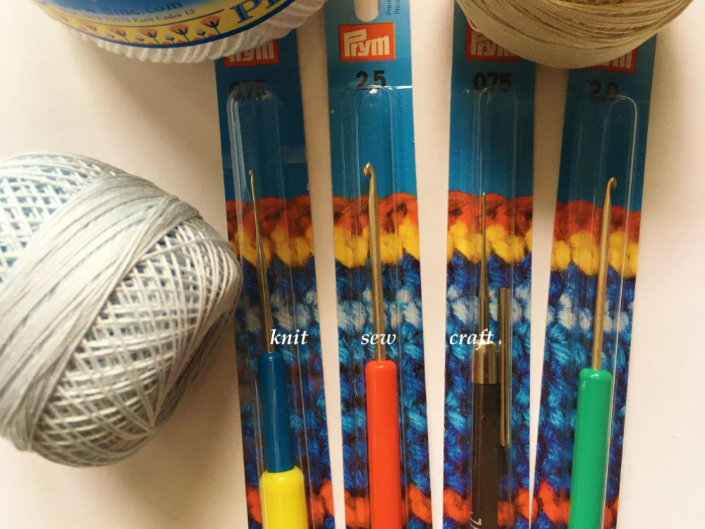 Plastic Handle Crochet Hooks