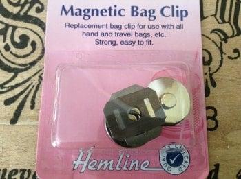 Magnetic Bag Clip HEMLINE for Handbags Travel Bags