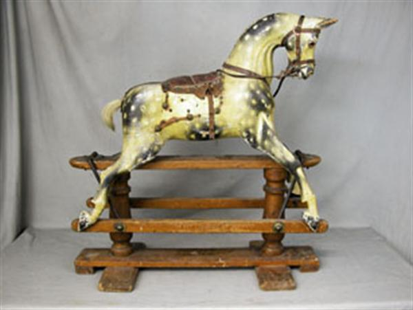 G&JLines extra carved rocking horse in original condition_1
