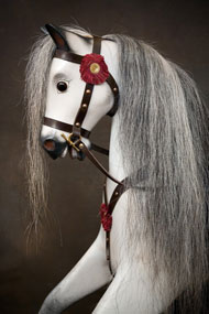 head of rivelin 2 rocking horse with dark grey hair