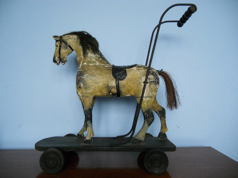 Bracken Old Toy Push Horse