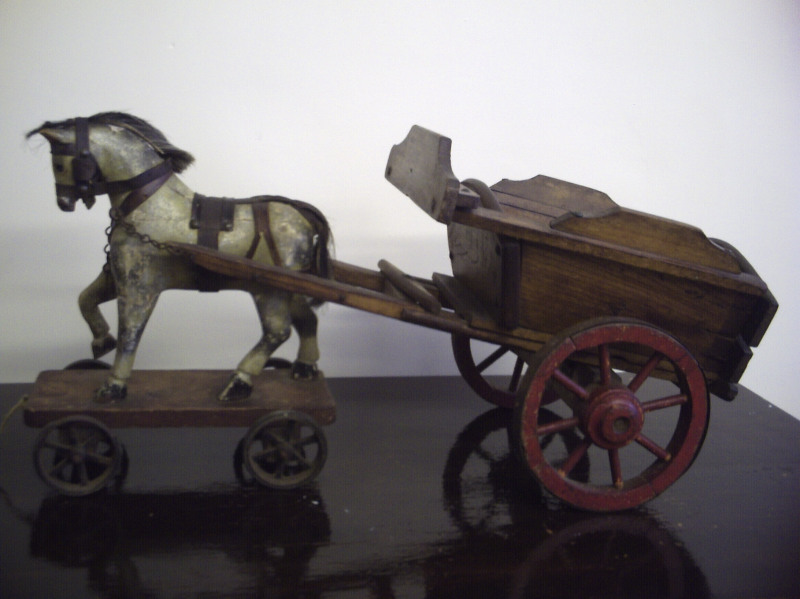 Old horse & cart toy in original condition3