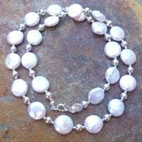 Blog - June Birthstone - Pearl (1)