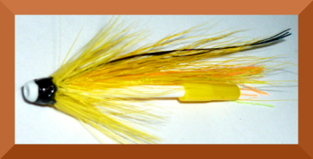 Tube Fly ,Yellow buctail ,plastick body [TU 6]