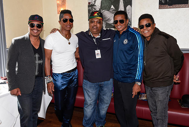 Clinark Meets The Jacksons
