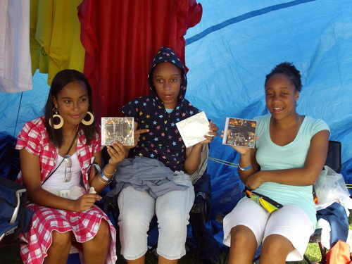 Young ladys Advertising Clinarks CD