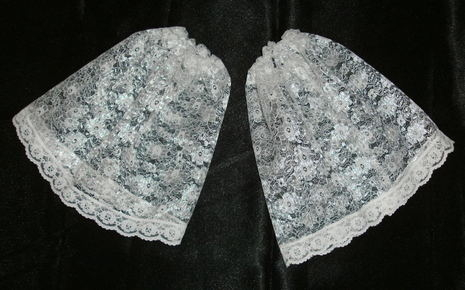 Frilly Lace Victorian Cuffs