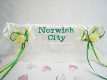No18 Norwich City Football Garter