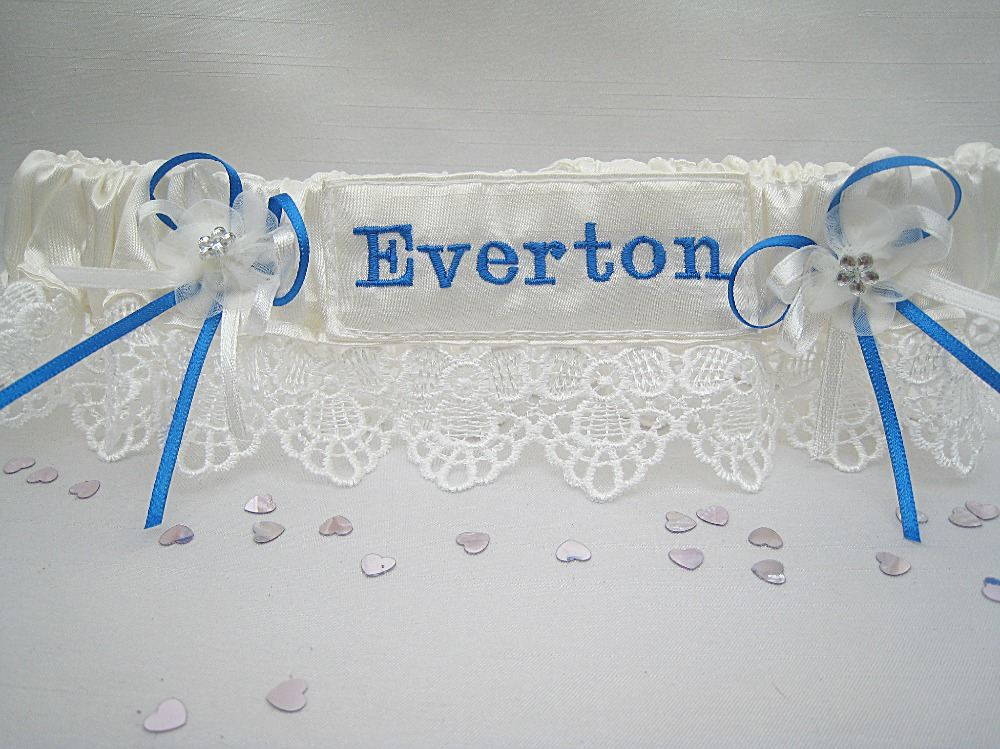'Guipure' Lace Football Garter £24.99