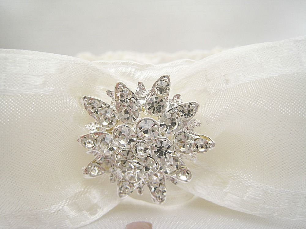 Bliss Sparkle Wedding Garter £19.99