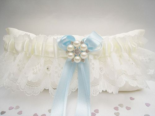 bailey pale blue bows