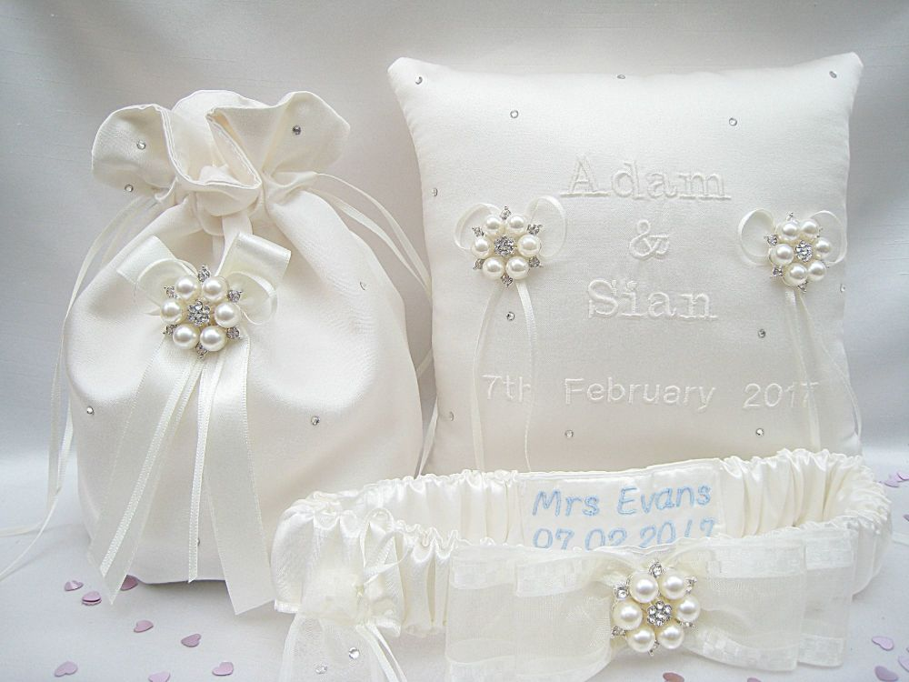 Jane Set Of Wedding Garter, Ring Cushion & Dolly Bag