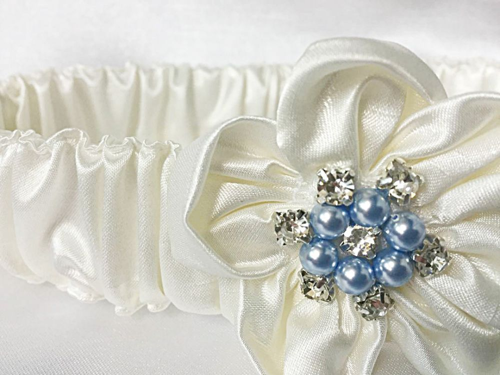 Betsy Luxury Satin Wedding garter £37.99