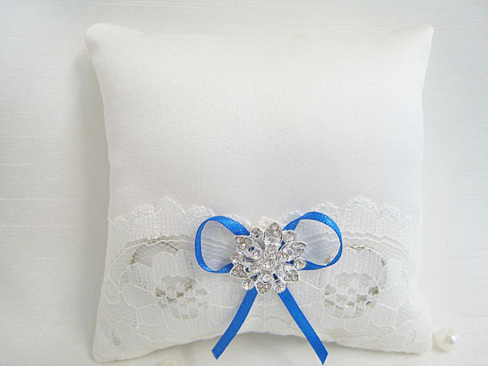 *New Design* Mini Ring Cushion £9.99