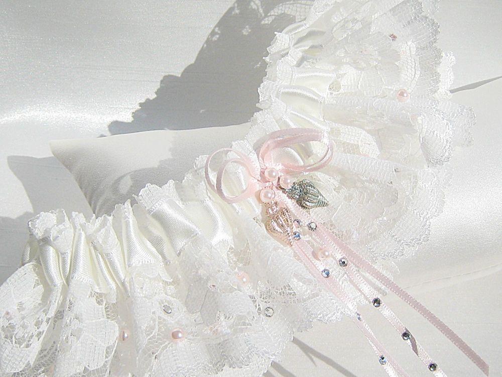 Seashell Luxury Wedding Garter
