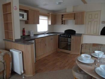 kitchen lakeside 16