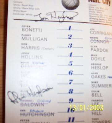 Chelsea v Manchester City 1970/71 league programme + autographs