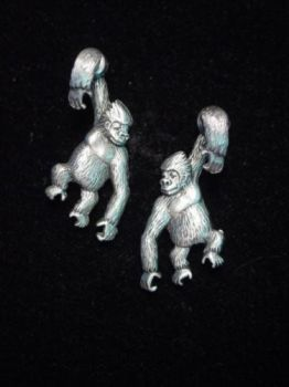GORILLA EARRINGS