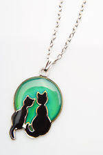 MOOD CHANGING 2 CATS ON THE MOON NECKLACE
