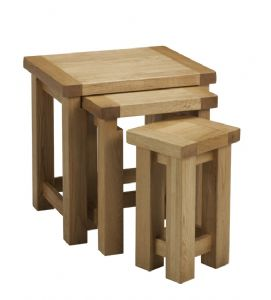 Balmoral Oak Nest of Tables