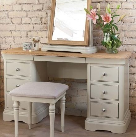 <!-- 005 -->Dressing Tables
