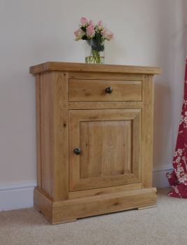 Hampton Abbey Oak 1 Door 1 Drawer Cupboard