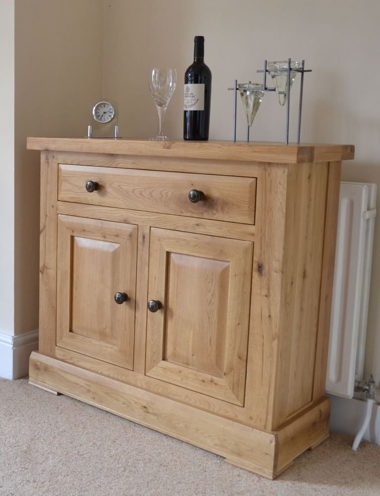 Hampton Abbey Mini Sideboard