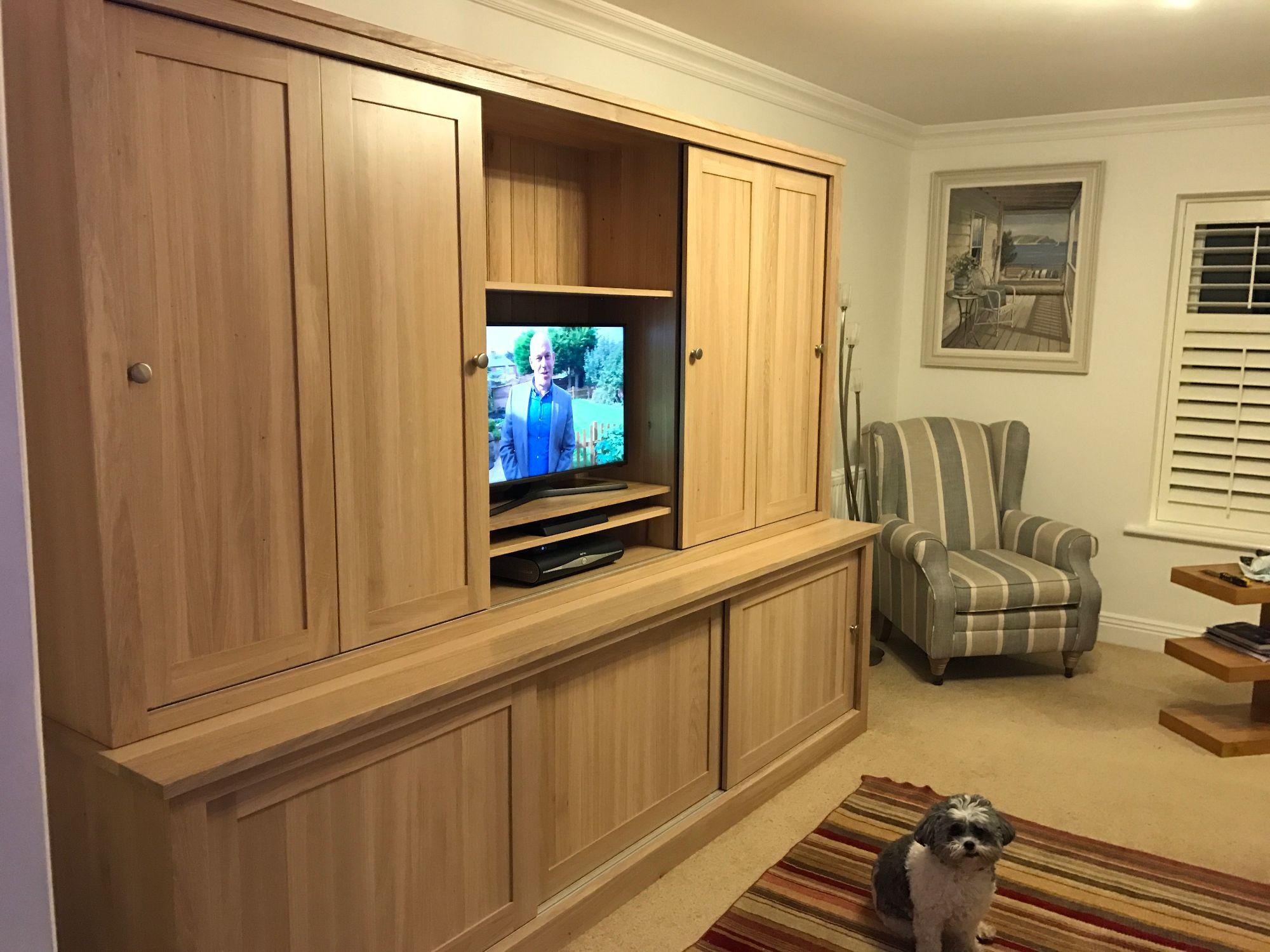 Large oak tv unit 2