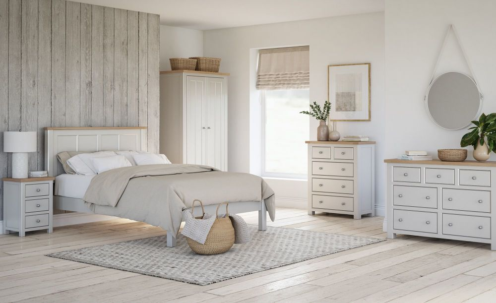 Bretagne Painted Bedroom-low