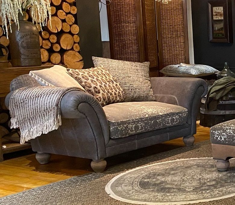 <!-- 003 -->Montana Snuggler Sofa