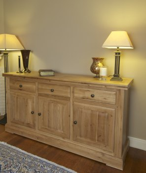 Hampton Abbey Oak 3 Door Sideboard