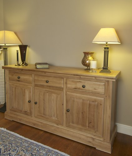 Hampton Abbey 3 Door Sideboard