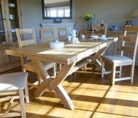Hampton Abbey Oak 1.8m Extending Table